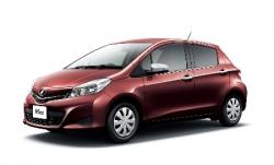 Автомобильные коврики EVA Toyota Vitz III XP130, правый руль (2010->)